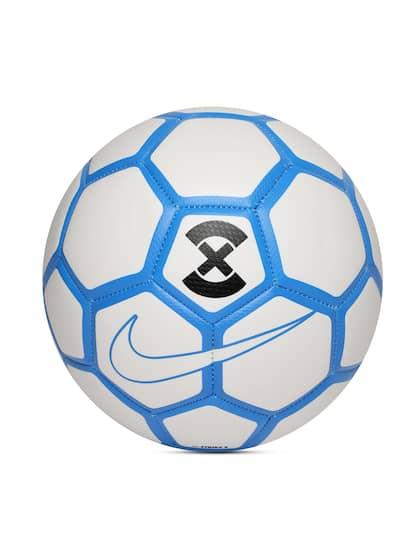 97f9d194d50ae Nike Footballs - Buy Nike Footballs online in India