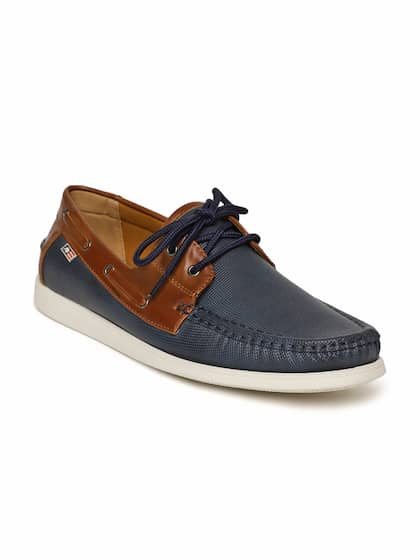 Arrow Men Blue Boat Shoes