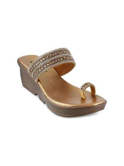 dc1161c8 Ethnic Shoes   Buy Ethnic Shoes Online in India at Best Price