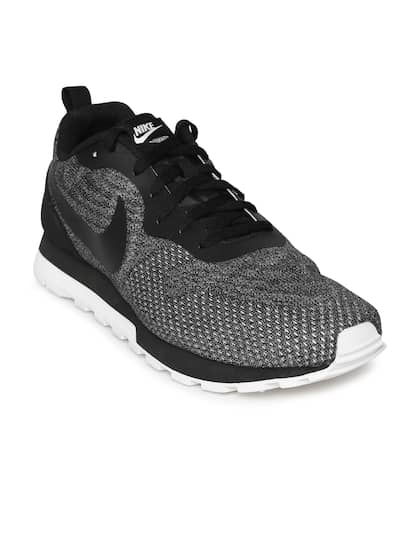 4b7c1bcf4307 Nike Black Shoes - Buy Nike Black Shoes Online in India