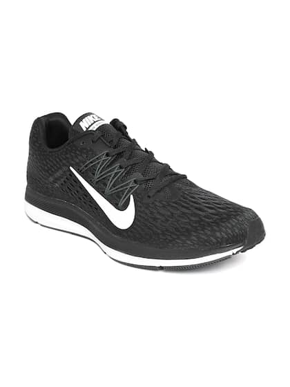 buy popular a2f40 517ef Nike Running Shoes - Buy Nike Running Shoes Online   Myntra