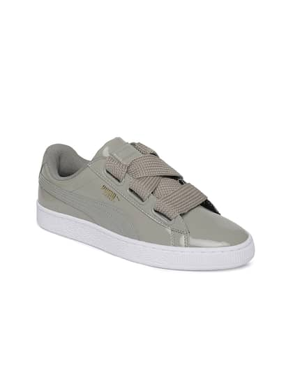 best service 16033 8f9df Puma. Women Basket Heart Sneakers