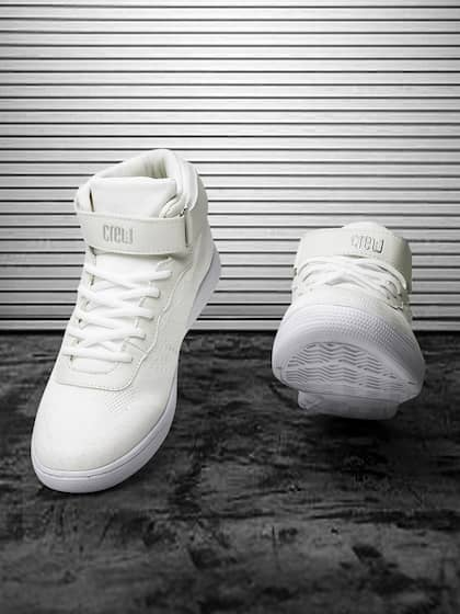new products ee3f5 d848d Crew STREET. Men Mid-Top Sneakers
