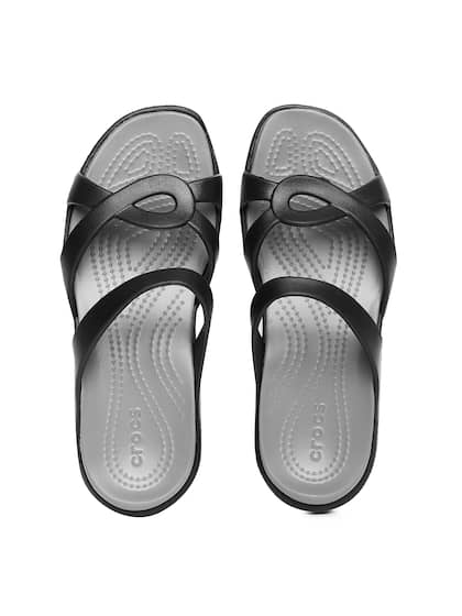 19d155187770b Crocs Shoes Online - Buy Crocs Flip Flops   Sandals Online in India ...