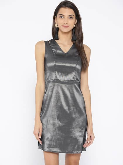 f42da6f48 Party Dresses - Buy Partywear Dress for Women & Girls | Myntra