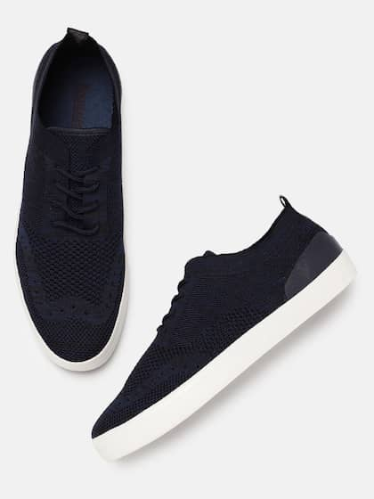adc03ca44197c5 Buy Roadster Brand Casual Shoes Online from Myntra