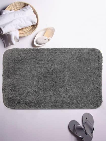 Lushomes Grey Solid Microfibre Bath Rug