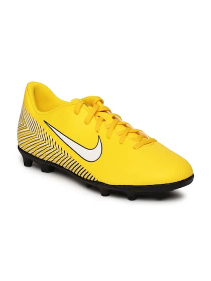 the best attitude 0d5f0 5a0e0 Sports Shoes For Girls- Buy Girls Sports Shoes online in India