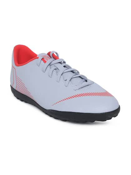 265e81cf5e Football Shoes - Buy Football Studs Online for Men & Women in India
