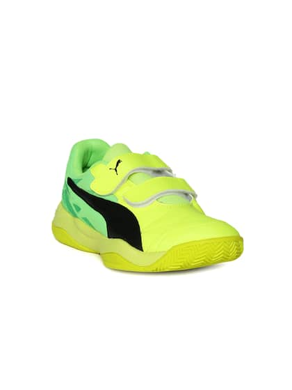 a2d0b54b972a Badminton Shoes - Buy Badminton Shoes Online In India
