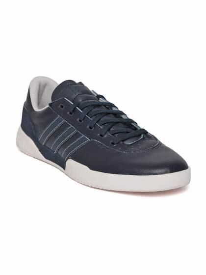 59d73fd0a26 ADIDAS Originals. Men City Cup Leather Sneakers
