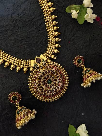 Temple Set Jewellery - Buy Temple Set Jewellery Online | Myntra