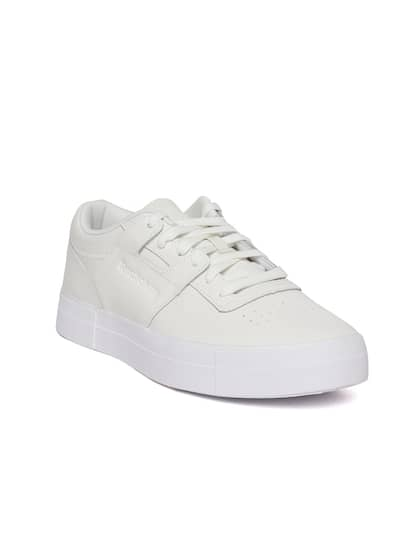 be53c098d1f Reebok Basketball Shoes - Buy Reebok Basketball Shoes Online in India