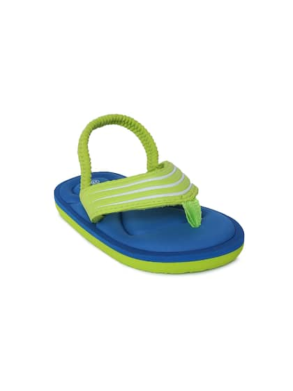 2bfc0c264223 Fame Forever by Lifestyle. Boys Colourblocked Thong Flip-Flops