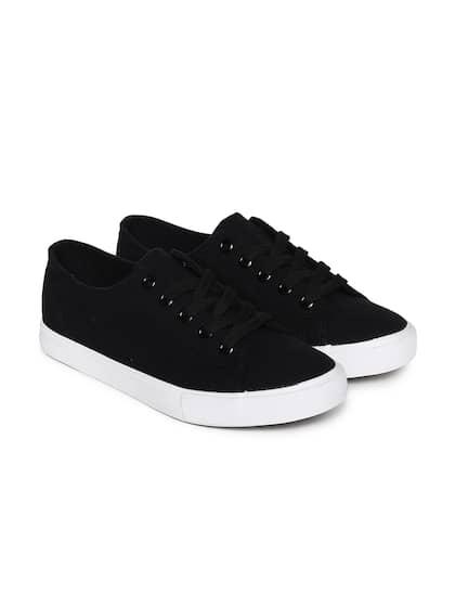 c8a738eea2fe14 Women Footwear - Buy Footwear for Women   Girls Online