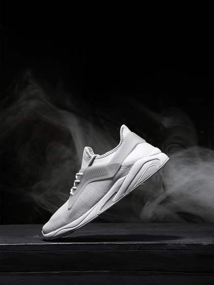 cdea3439b HRX by Hrithik Roshan. Men Sneakers