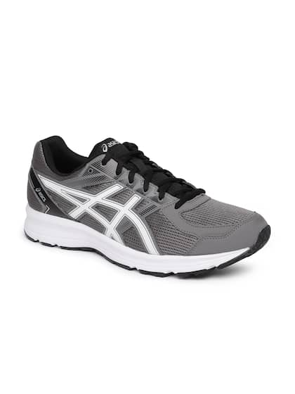 premium selection 4a3ff 037b0 Sports Shoes for Men - Buy Men Sports Shoes Online in India - Myntra