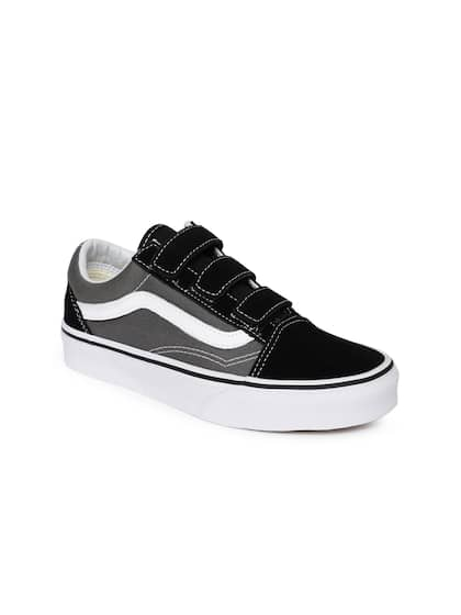 6970e1faa9269b Vans Old Skool - Buy Vans Old Skool online in India