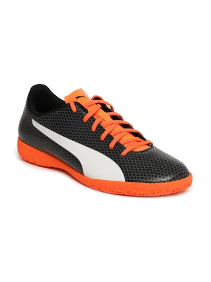 d09392878 Football Shoes - Buy Football Studs Online for Men   Women in India
