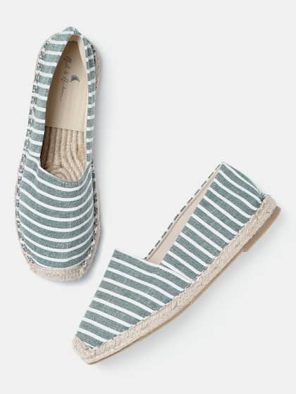 b5635f5a178848 Casual Shoes For Women - Buy Women s Casual Shoes Online from Myntra