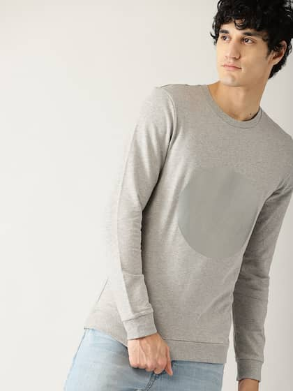 32c1259d4 United Colors of Benetton. Men Printed Detail Sweatshirt