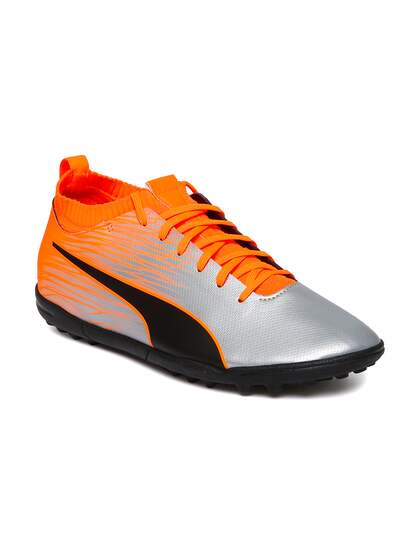 760dfdb6516d Football Shoes - Buy Football Studs Online for Men & Women in India