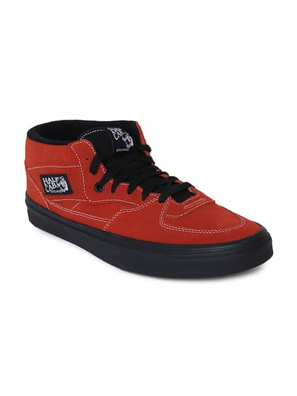 9663bdf2d4dc0 Vans - Buy Vans Footwear, Apparel   Accessories Online   Myntra