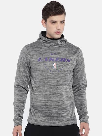 4a39767392b4 Nike. Men Printed Hooded Sweatshirt