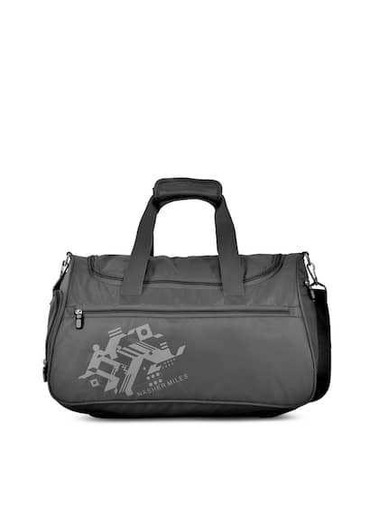 Nasher Miles. Solid Small Duffel Bag 2f15669b7d765