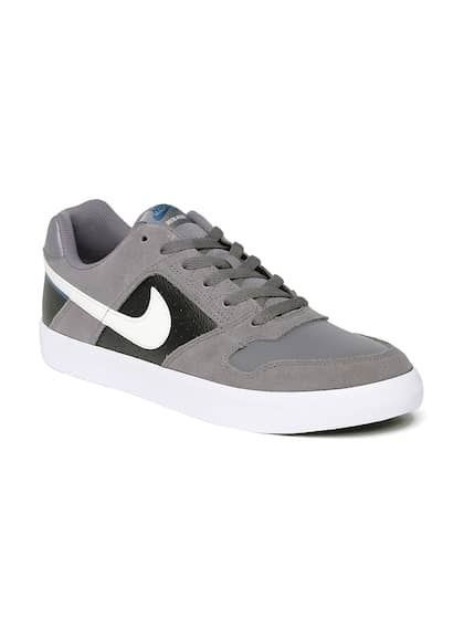 Nike Football Shoes - Buy Nike Football Shoes Online At Myntra a4c01273983e7