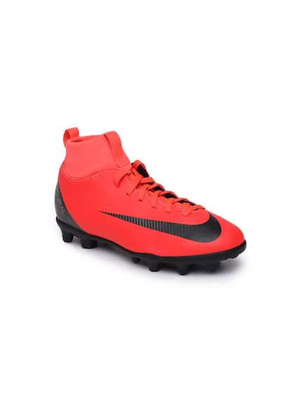 ... Nike Kids Red SUPERFLY 6 CLUB CR7 IC Junior Football Shoes 50% price  067dc dbff5 ... 03d58a61205f1