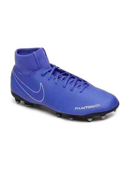 sports shoes 4e35f 613b7 Nike. PHANTOM VSN CLUB Football