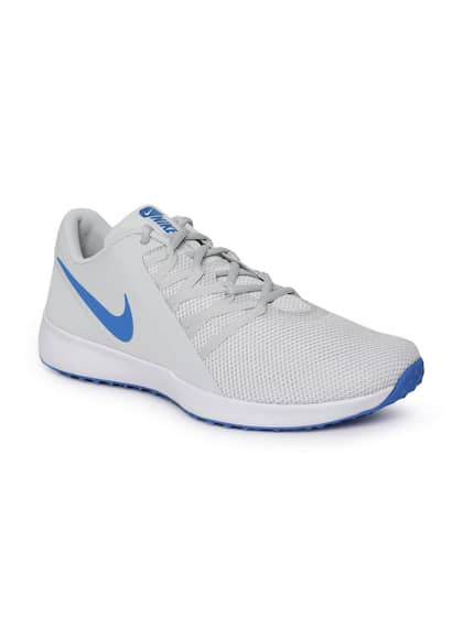 watch 6cbbe 7560f Nike. Men Varsity Compete Shoes