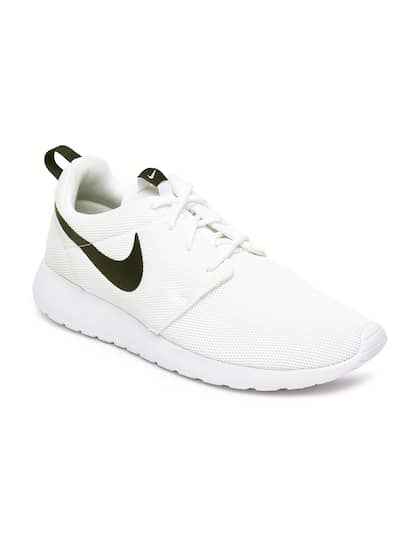 1312e1ce2eb80 Nike - Shop for Nike Apparels Online in India