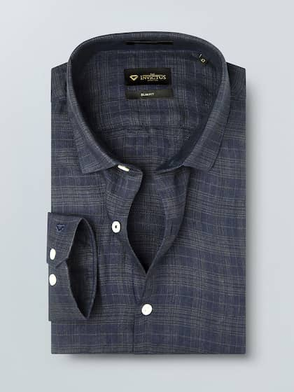 3633f7c03777 INVICTUS Men Navy Blue Slim Fit Checked Pure Linen Casual Shirt