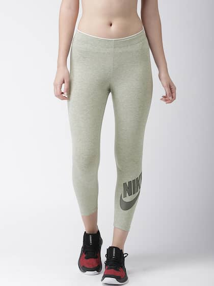 eb65d802617bd Nike Capris - Buy Nike Capri For Women Online in India