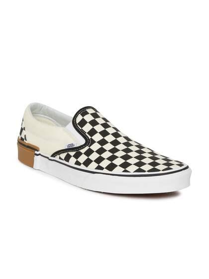 ecbe5e263f1 Vans. Unisex Slip-on Sneakers