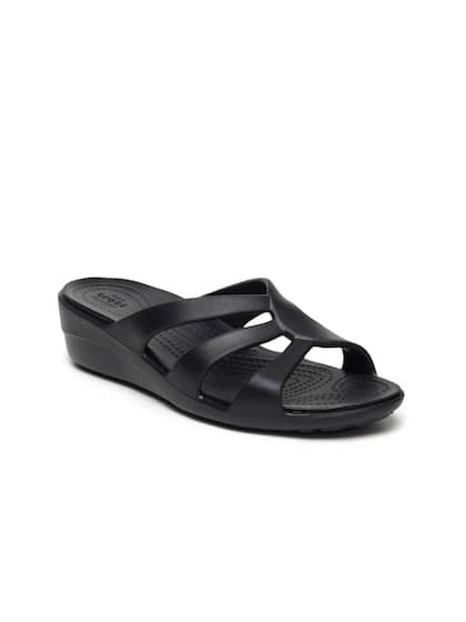 b166011cf8d5 Crocs Shoes Online - Buy Crocs Flip Flops   Sandals Online in India ...