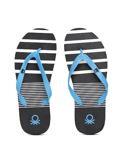 c1e69f4a74a02a United Colors of Benetton. Men Striped Thong Flip-Flops