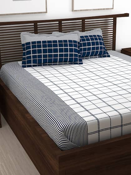 Story Home Blue White Geometric 1 Queen Bedsheet With 2 Pillow Covers