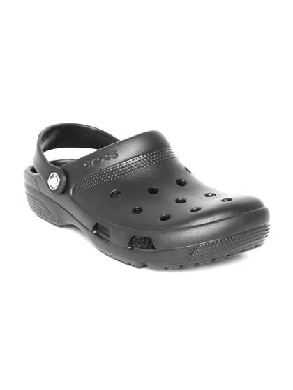 3889b9acc1c2a5 Crocs Shoes Online - Buy Crocs Flip Flops   Sandals Online in India ...