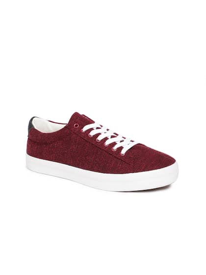 c49472addd2 Burgundy Casual Shoes - Buy Burgundy Casual Shoes online in India