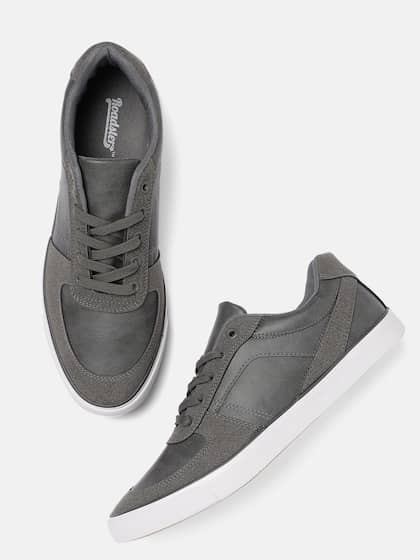 bbaf669c Buy Roadster Brand Casual Shoes Online from Myntra