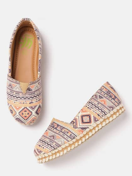 9971615ef6 Girls Shoes - Online Shopping of Shoes for Girls in India
