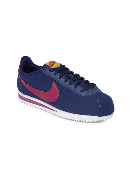 competitive price ac240 027eb Nike. Women CLASSIC CORTEZ Sneakers. Sizes 3, 4, 5, 6 ...