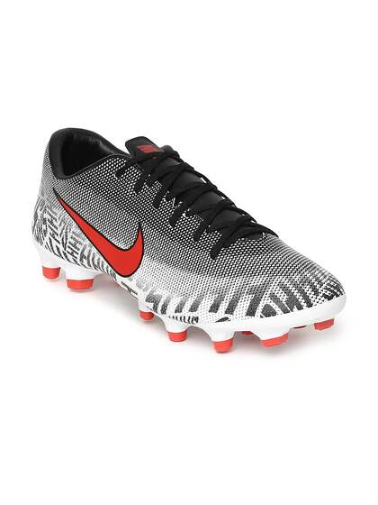 01fa5f19b4cd Football Shoes - Buy Football Studs Online for Men   Women in India