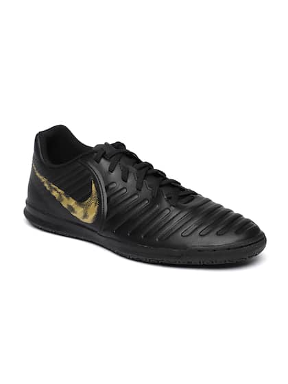 33cd213ea Football Shoes - Buy Football Studs Online for Men   Women in India