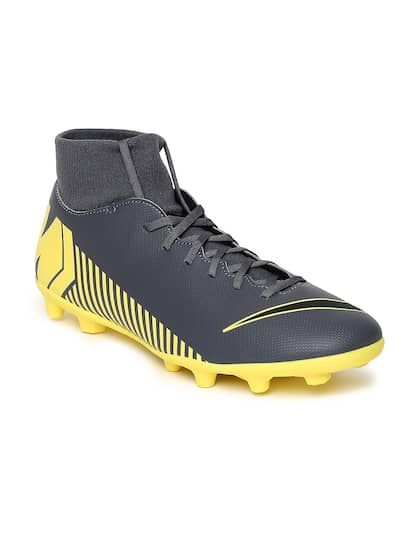 Nike Football Shoes - Buy Nike Football Shoes Online At Myntra