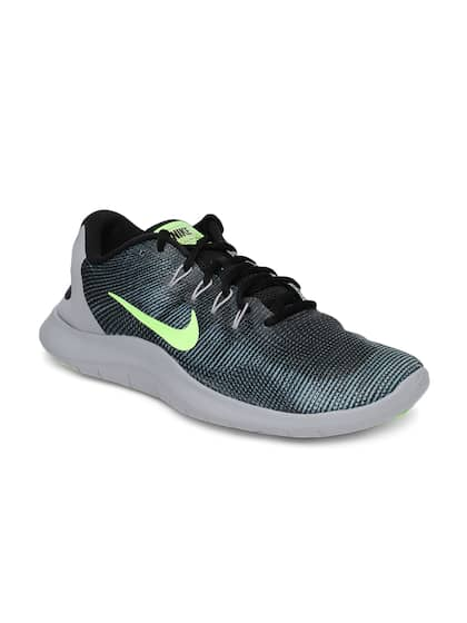 6dbffc75e091 Nike Black Shoes - Buy Nike Black Shoes Online in India