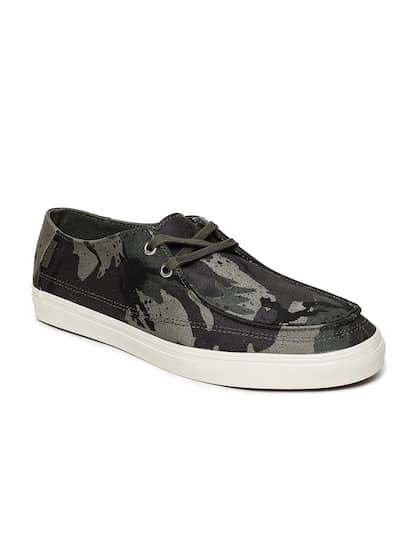 7c551b4205 Vans Green Casual Shoes - Buy Vans Green Casual Shoes online in India